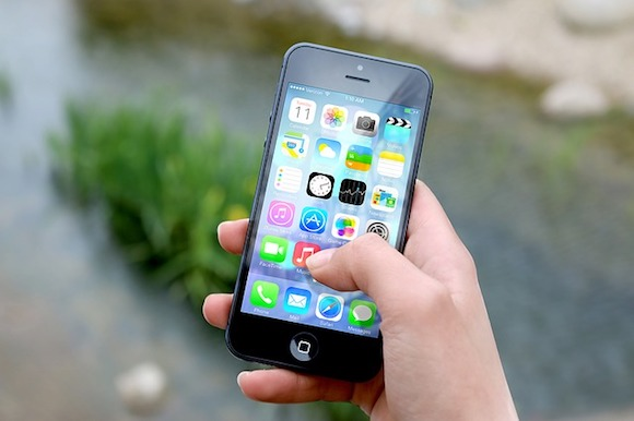 iPhone Handy mit Symbolen und Appstore